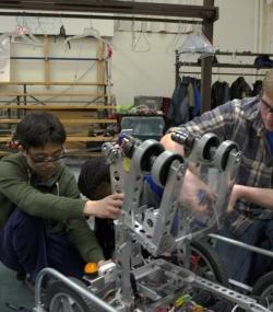 2016 HYPER Robotics Stronghold Built Seasons Edit 122.JPG
