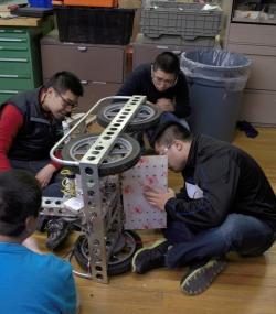 2016 HYPER Robotics Stronghold Built Seasons Raw 503.jpg