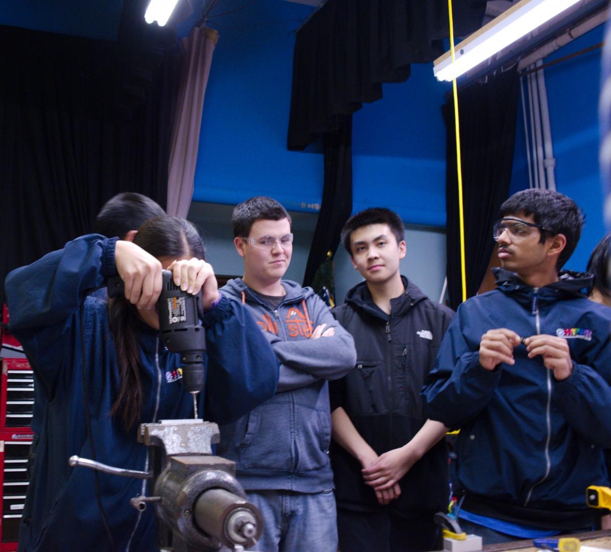 31.2016 HYPER Robotics Metal Workshop