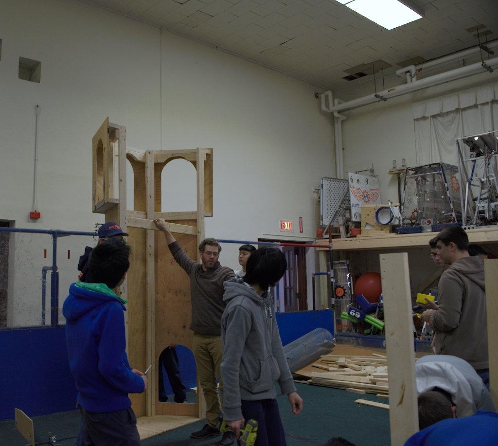 32.HYPER.Robotics Fall Wood Workshop