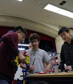 36.2016 HYPER Robotics Metal Workshop