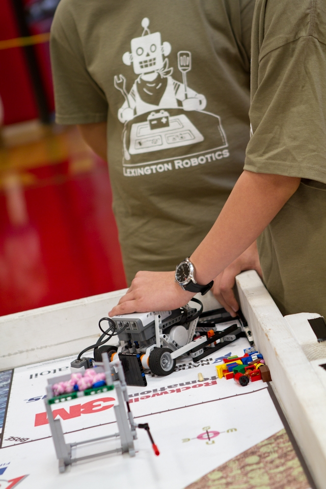 robotics_lego_league_2011_LOWRES-142