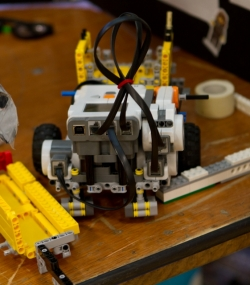 robotics_lego_league_2011_LOWRES-179