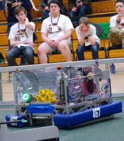 052.2017 Rhode Island District First Robotics Competition