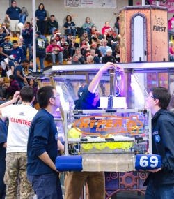 064.2017 Rhode Island District First Robotics Competition