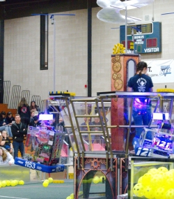 090.2017 Rhode Island District First Robotics Competition