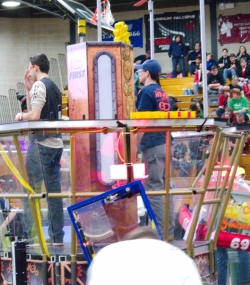 091.2017 Rhode Island District First Robotics Competition
