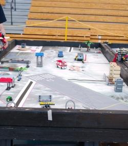 006.2017 Quincy Public Schools Robotics Challenge