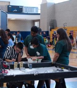 077.2017 Quincy Public Schools Robotics Challenge